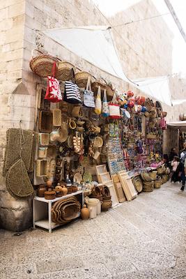 Bancarelle nel centro storico di Bari