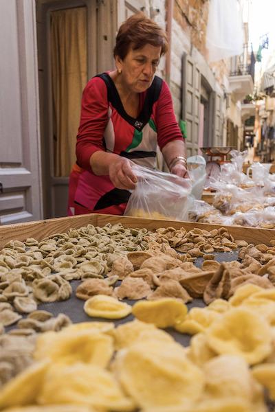 La Via delle Orecchiette a Bari