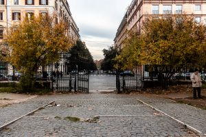 ingresso del giardino di piazza vittorio