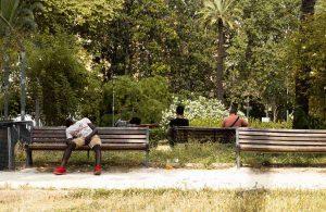 senza tetto dormono a piazza Vittorio